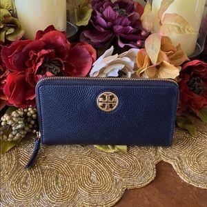 Tory Burch Carson leather zip wallet
